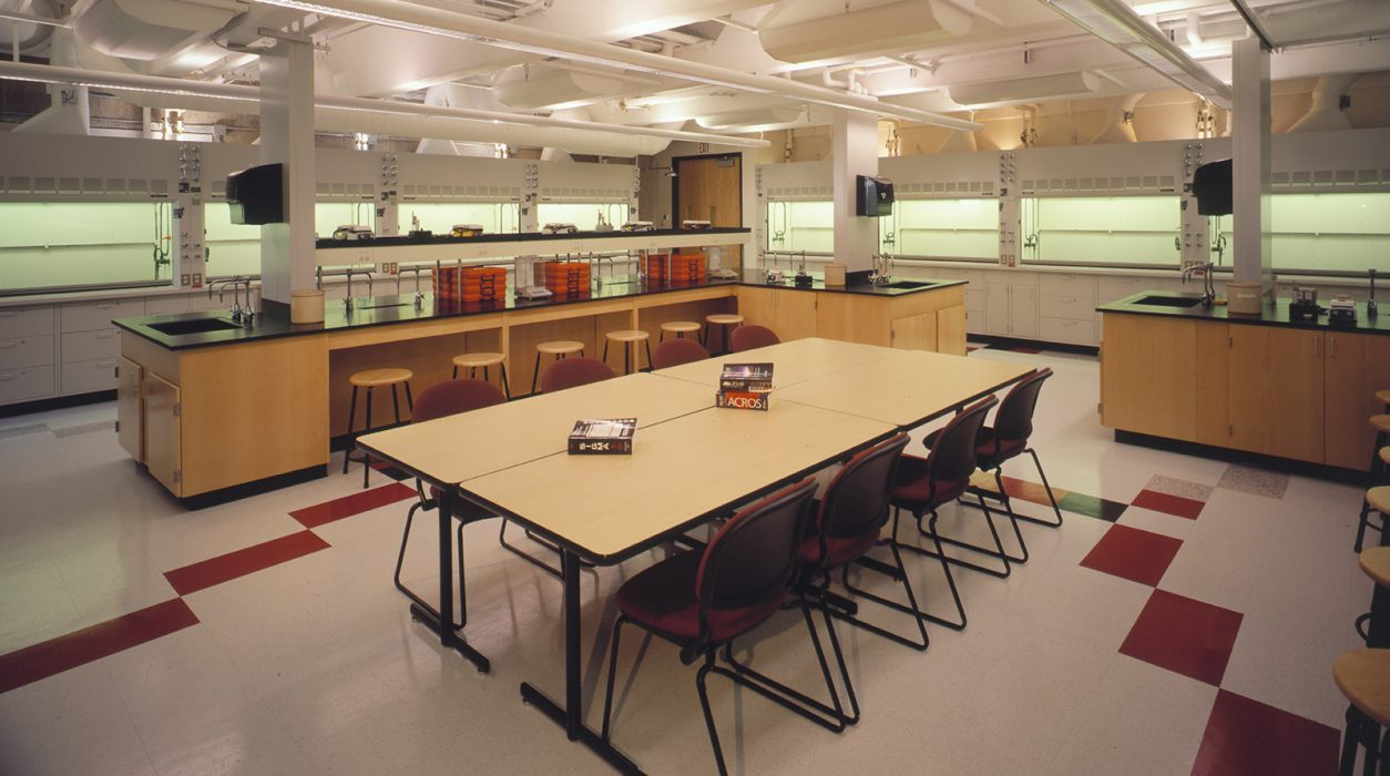 Health Sciences / Teaching & Research Labs Architecture